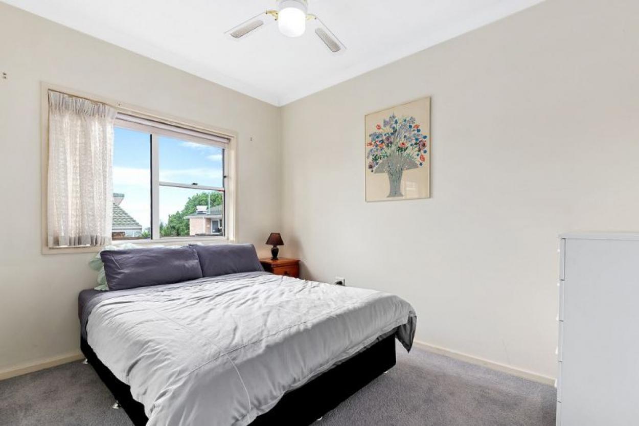 Sunny North Facing 2 Bedroom Unit