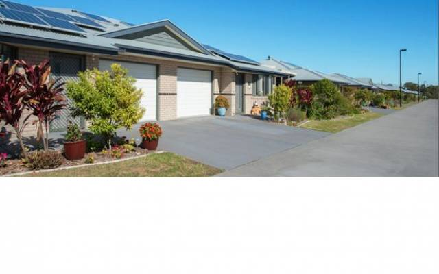 Retirement Villages & Property in Redcliffe, QLD 4020 for Sale