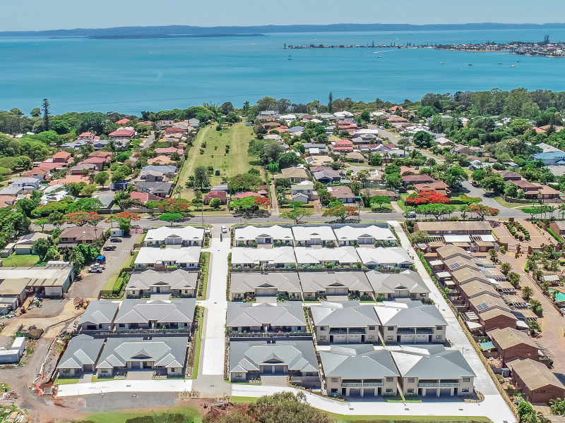 BONUS OFFER FREE RELOCATION PACKAGE - Ormiston Rise Village