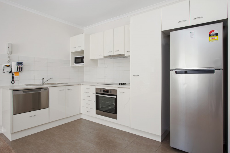 Downsize to a bigger life in this 1 bed condo