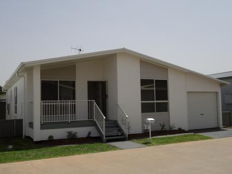 Newport Village - Residence 41 - Jarrah II Design