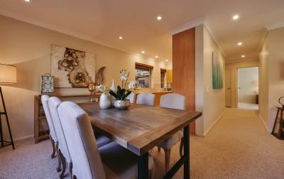 3 bedroom & 2 bathroom apartment located in a beautiful garden estate