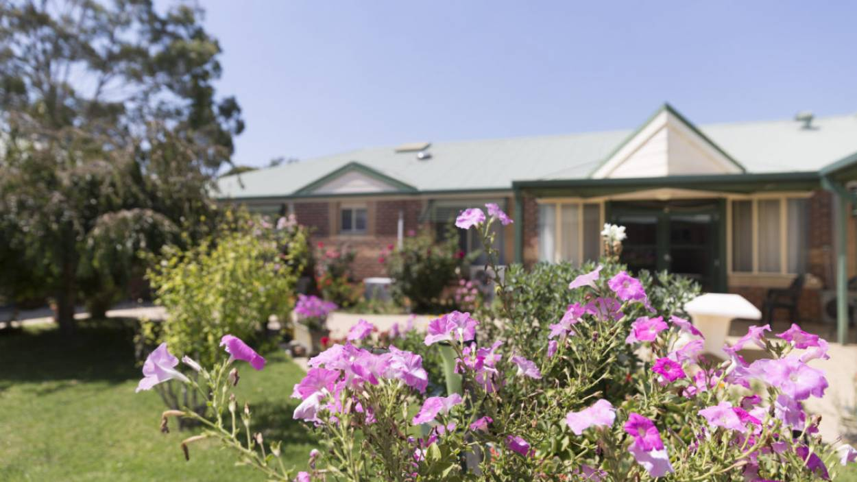 Regis Aged Care - Milpara Lodge