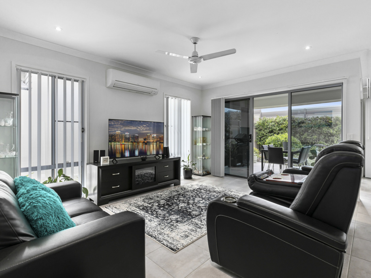 Low Maintenance Living in Exclusive Community
