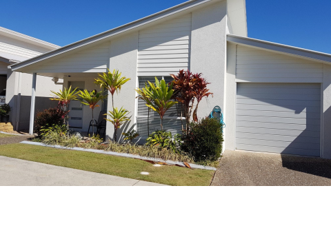 Two bedroom home reduced for quick sale in Palm Lake Resort Eagleby