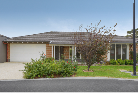 Sought after Peninsula style villa in gorgeous location
