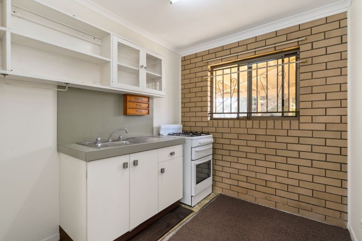 Suit Extended Family - Spacious & Convenient to Everything