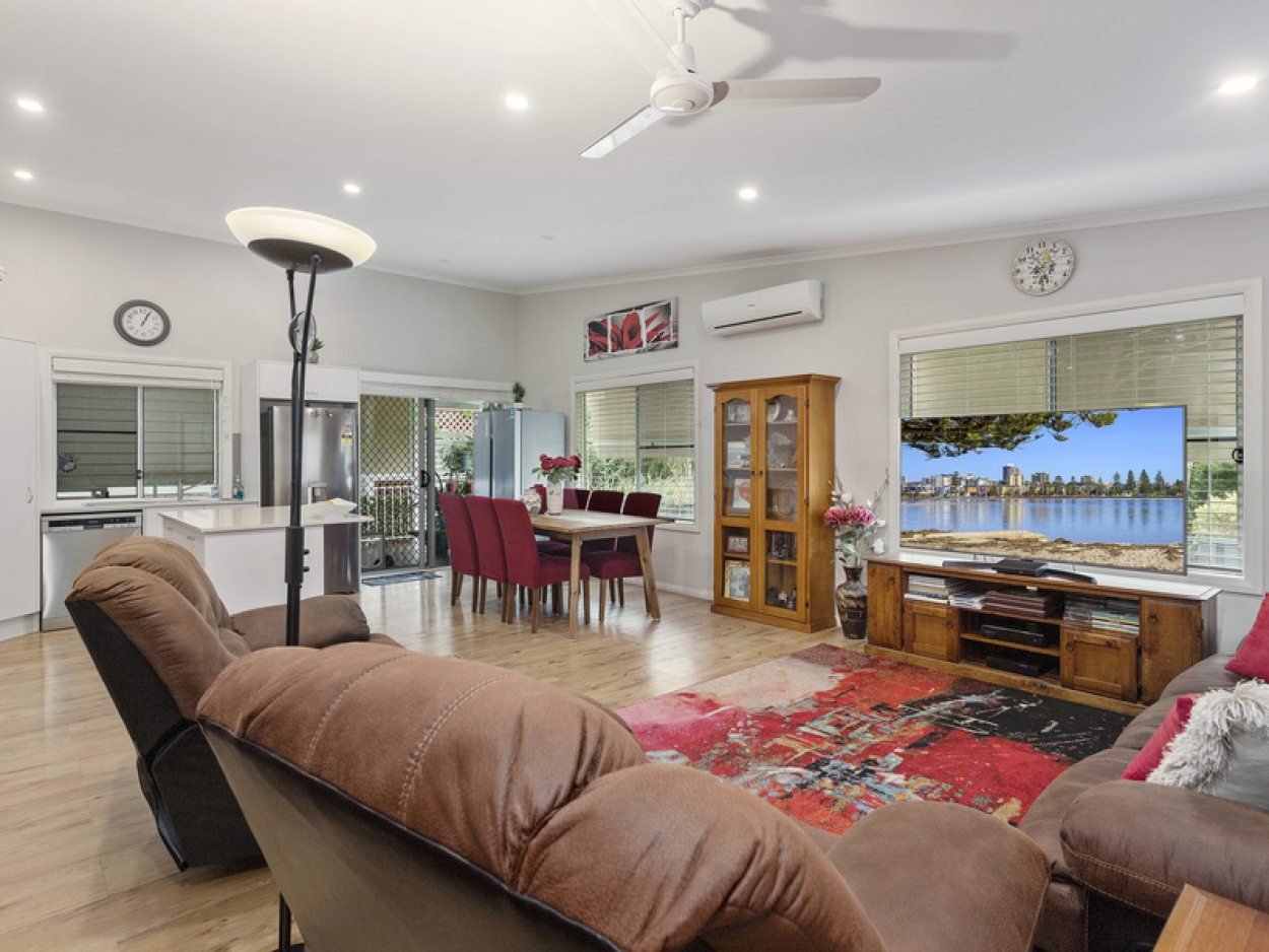 Immaculate Two Bedroom home with Beautiful Outlook