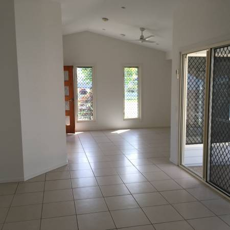 Resort style living a stone's throw from Mackay 2/1A Beaconsfield Road - Mackay 4740 Retirement Property for Sale