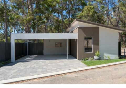 Eagle Bay - Perfect Singles Home