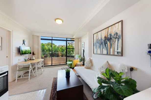 Harbour Vista in the Heart of Rose Bay