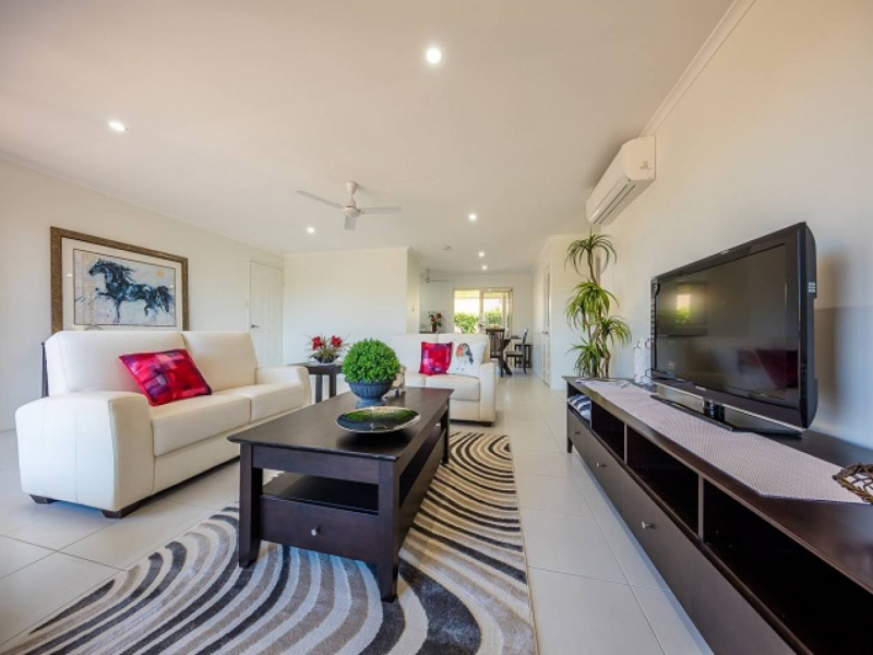Size, Position, Lifestyle - This is home! Carlyle Gardens