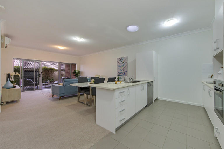 Beautifully presented villa in great location