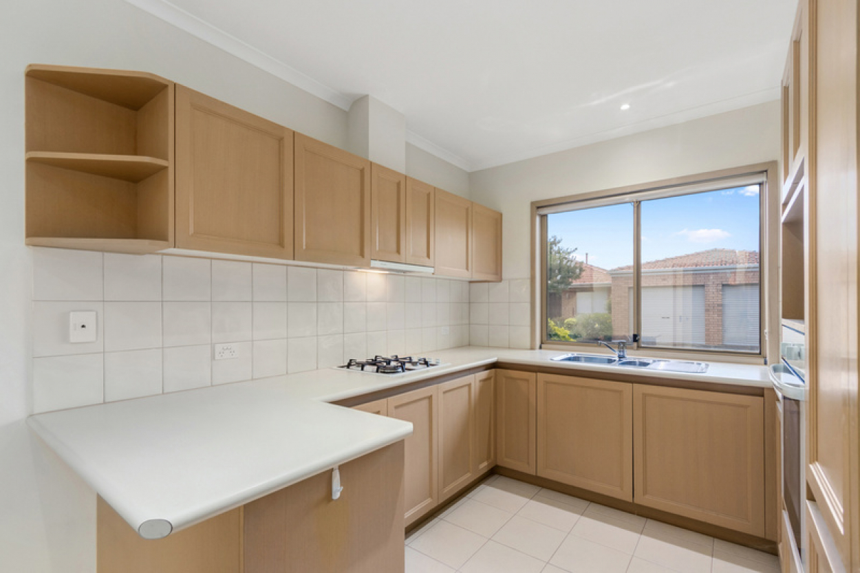 Large Corner Unit with room to entertain