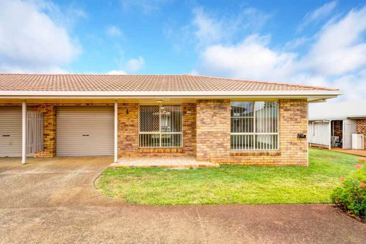 Beautiful, well-positioned unit with great neighbours - perfect for your new home