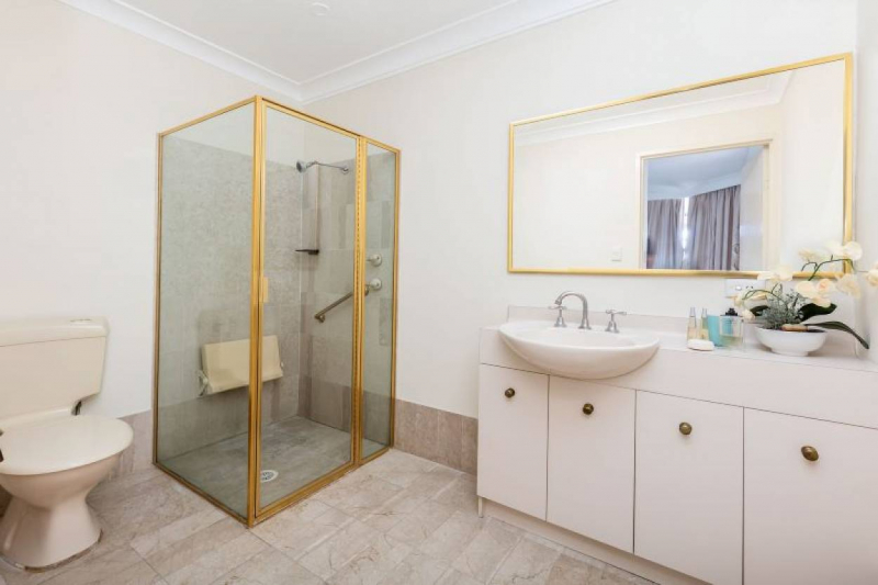 Exclusively Spacious Serviced Apartment