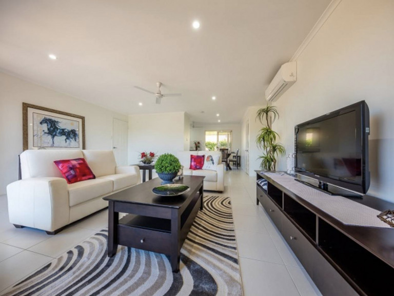 Popular Design in a great location! Carlyle Gardens