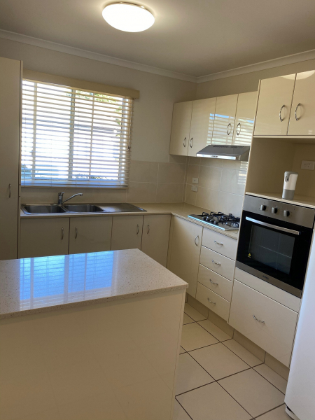 Two bedroom home centrally located within Palm Lake Resort Eagleby