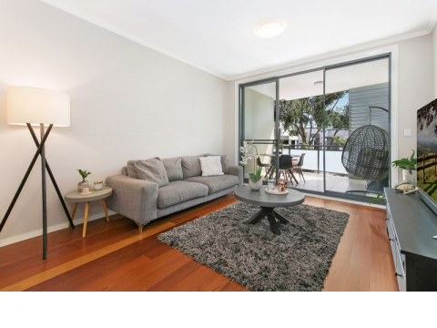 Spacious, Light-filled, North Facing Apartment with Leafy Surrounds