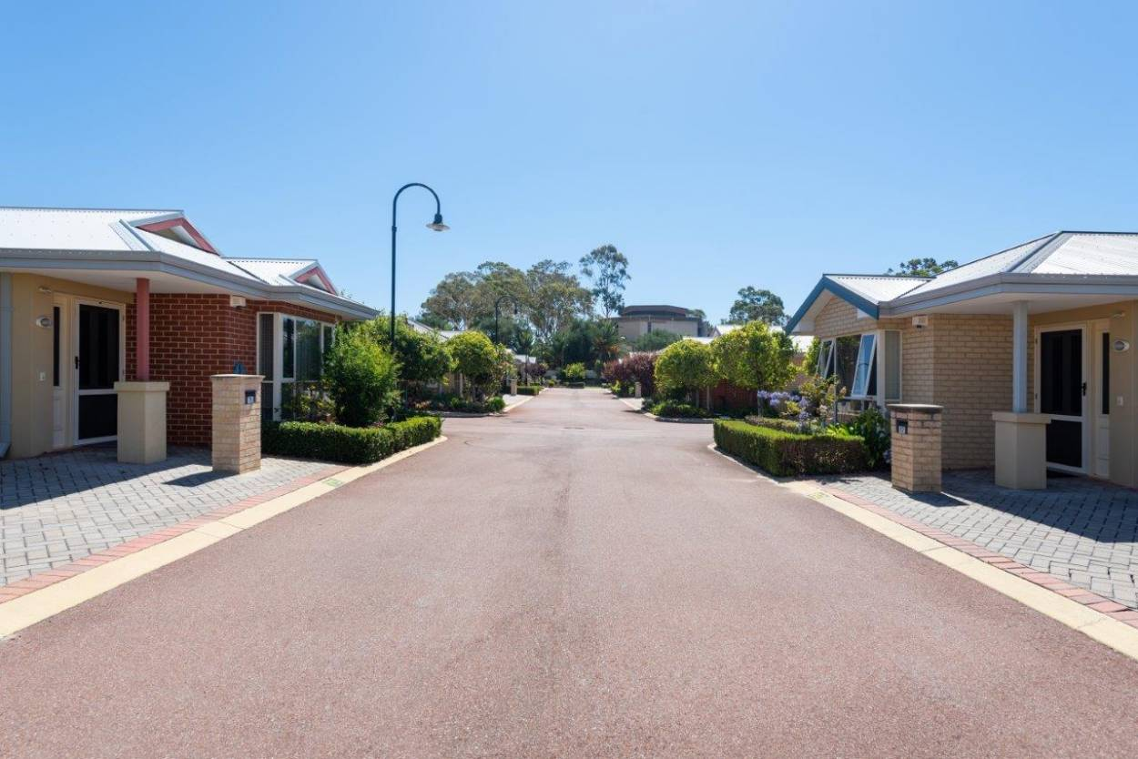 Lawley Park Village 55 Alexander Drive - Menora 6050 Retirement Property for Sale