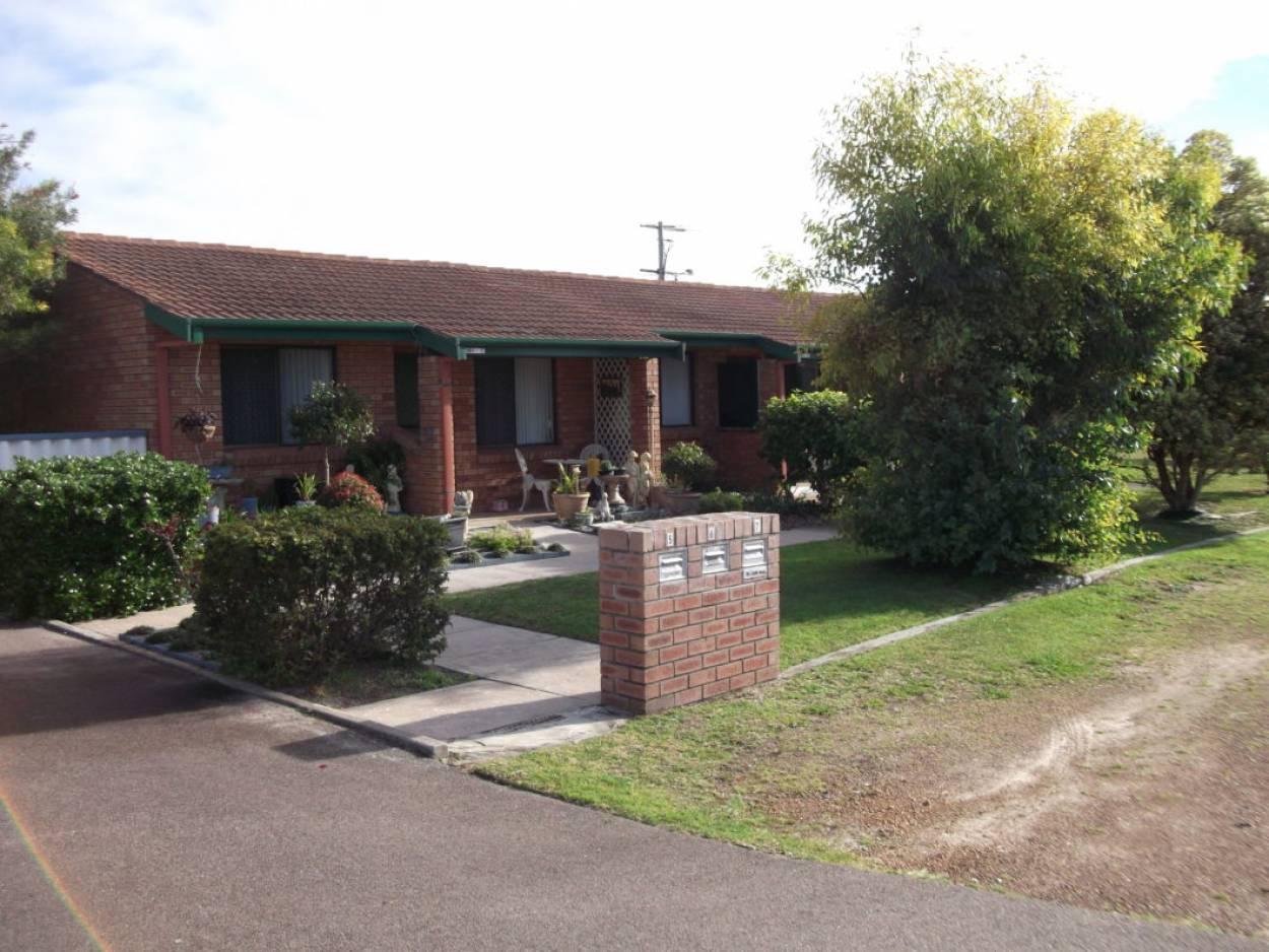 Esperance Units for Rent  2 Units for Rent 21 Windich Street - Esperance 6450 Retirement Property for Rental