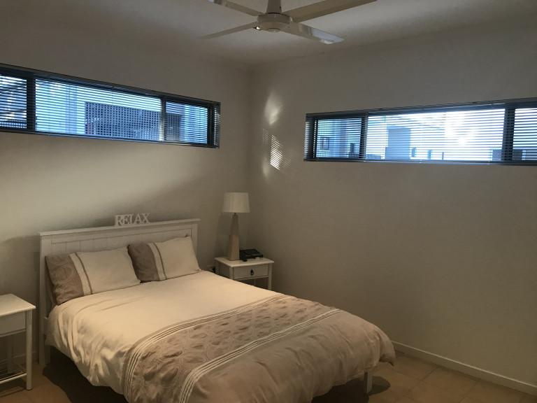 Spacious 1-plus bedroom