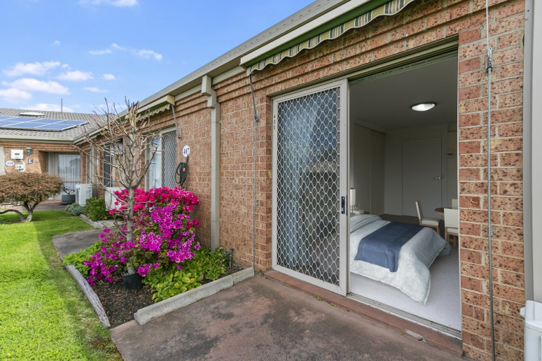 Latrobe Village Serviced Apartment - Prime location with an array of services on your doorstep