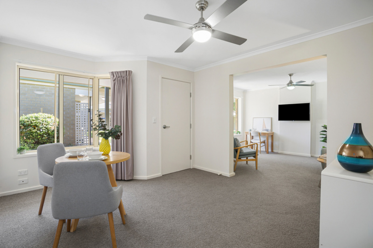Newly Refurbished Large Unit with Open Plan Living