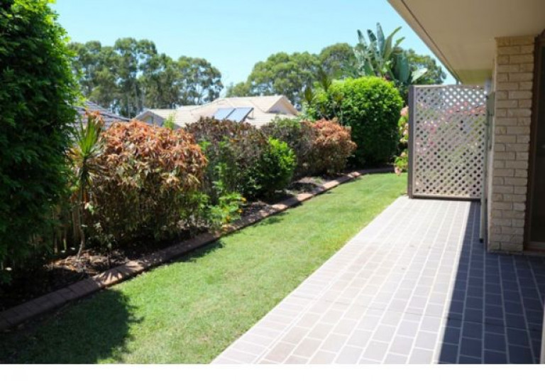 Peaceful, private back garden