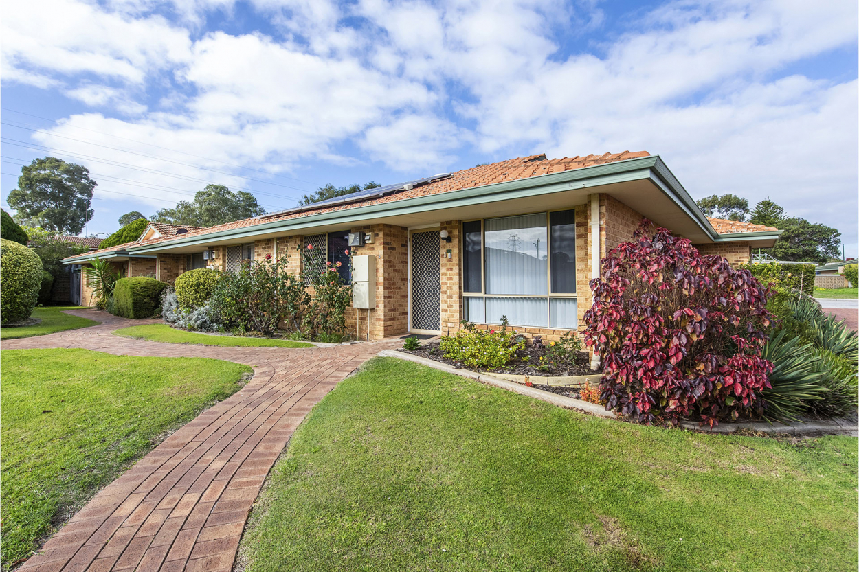 Villa 26 River Pines village  Villa 26 -  25-27 Parkhill Way  - Wilson 6107 Retirement Property for Sale