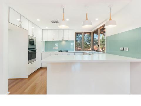 Delightful brand new, contemporary villa