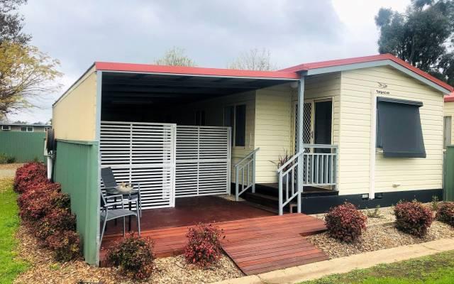 Benalla - Newly Refurbished Two Bedroom Home