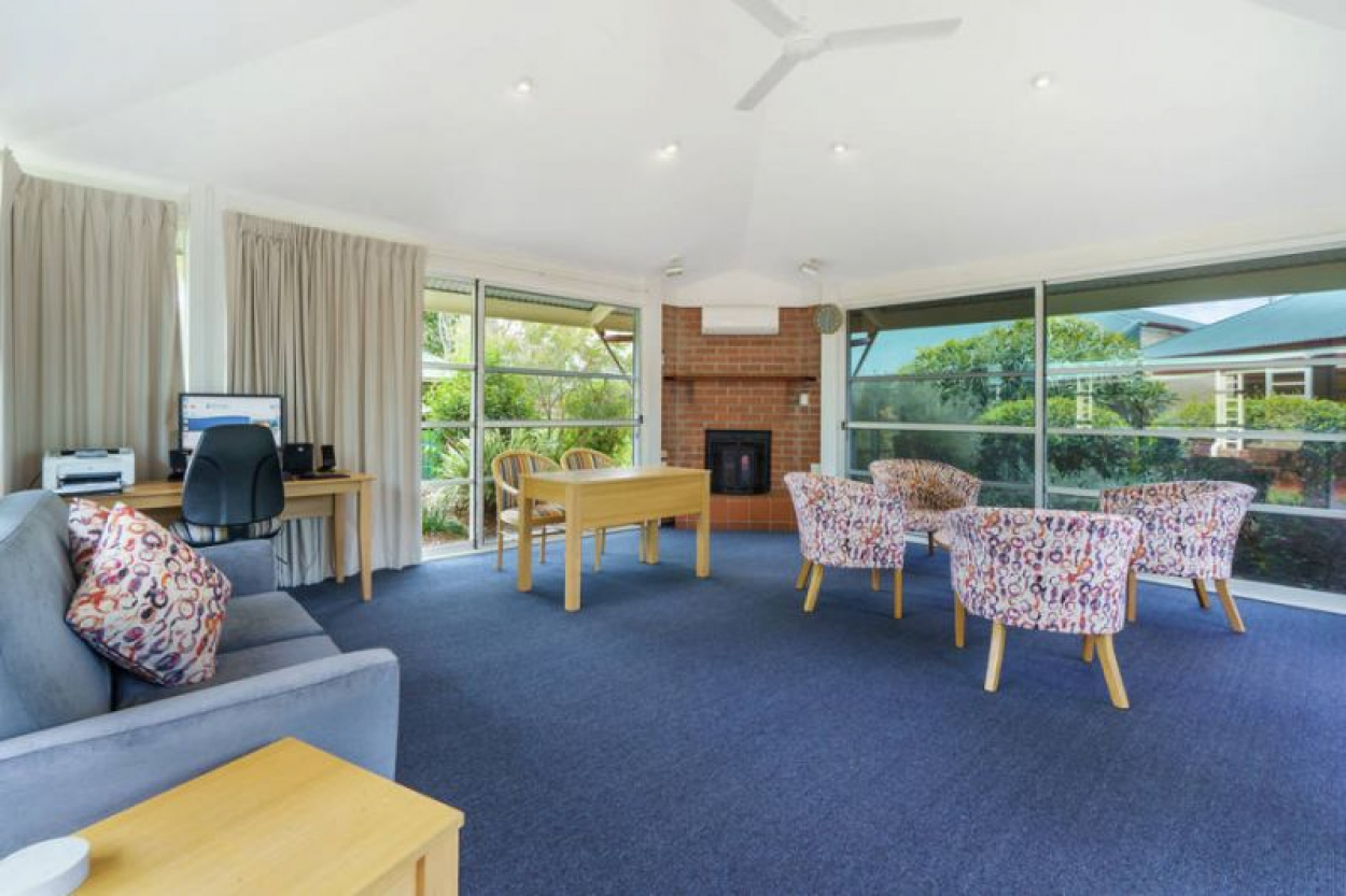Serviced Apartment with Meals included
