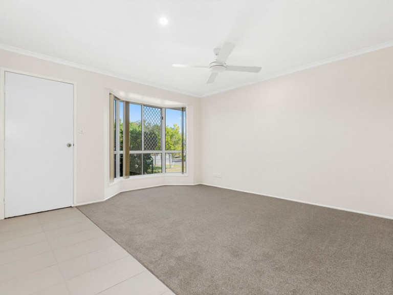 Very appealing home with a modern interior and lovely rear yard