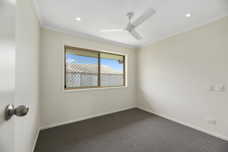 Your choice of garage or extra room - Inverpine 13