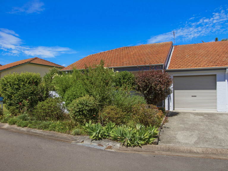 Centrally located home with loads of features