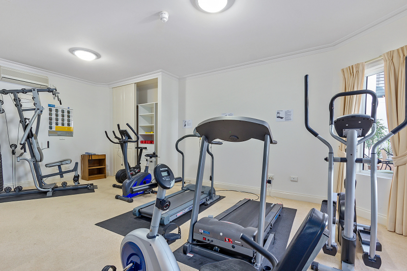 Let us do the heavy lifting in this stylish Serviced Apartment - Cameron Close Village