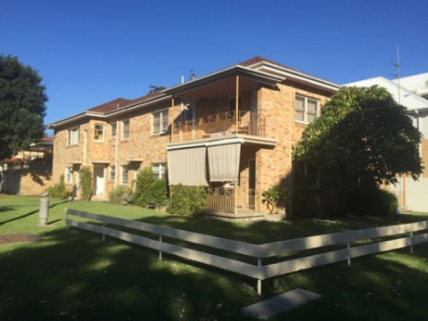 Two Bedroom Unit in Prime Location!