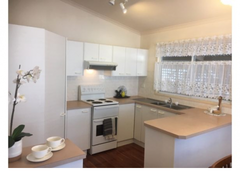 Large spacious 1 and 2 bedroom units