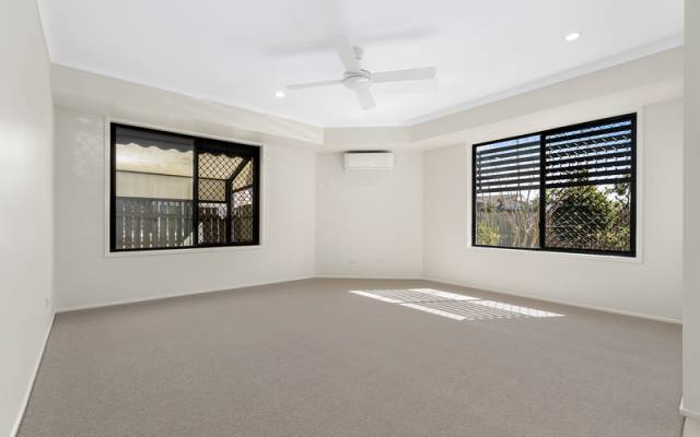 Highly appealing light and bright home with a spacious open plan layout