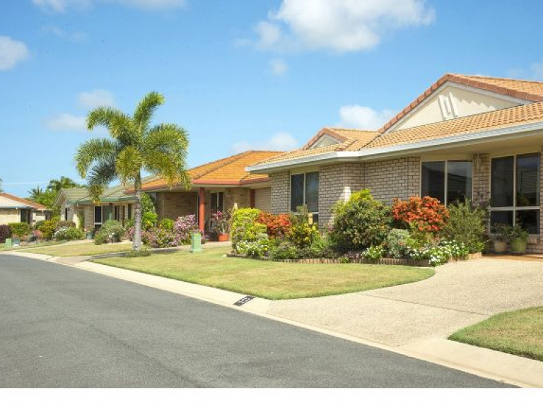 Carlyle Gardens Mackay - spacious and open plan living