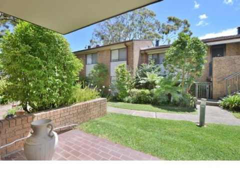 NO EXIT FEES:  Nestled amongst the beautiful gardens of Woodlands Retirement Village is this gem, waiting for a new owner…