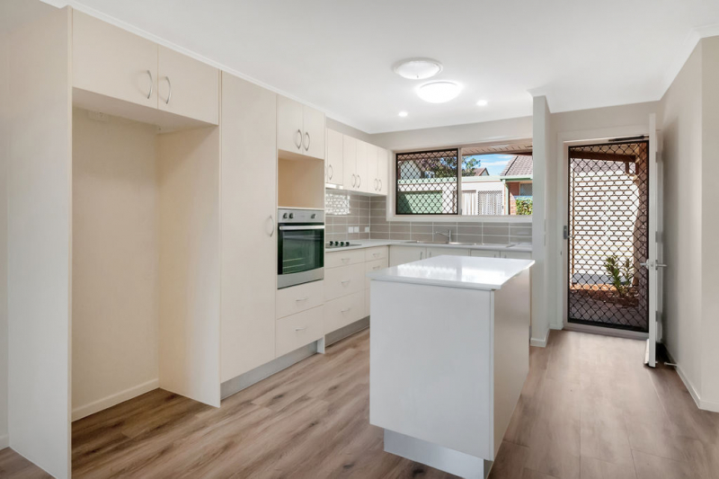 Sought-after cul-de-sac position - Cazna Gardens 11