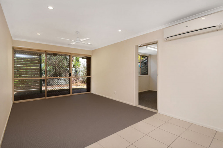 Small and friendly community - Cazna Gardens 7