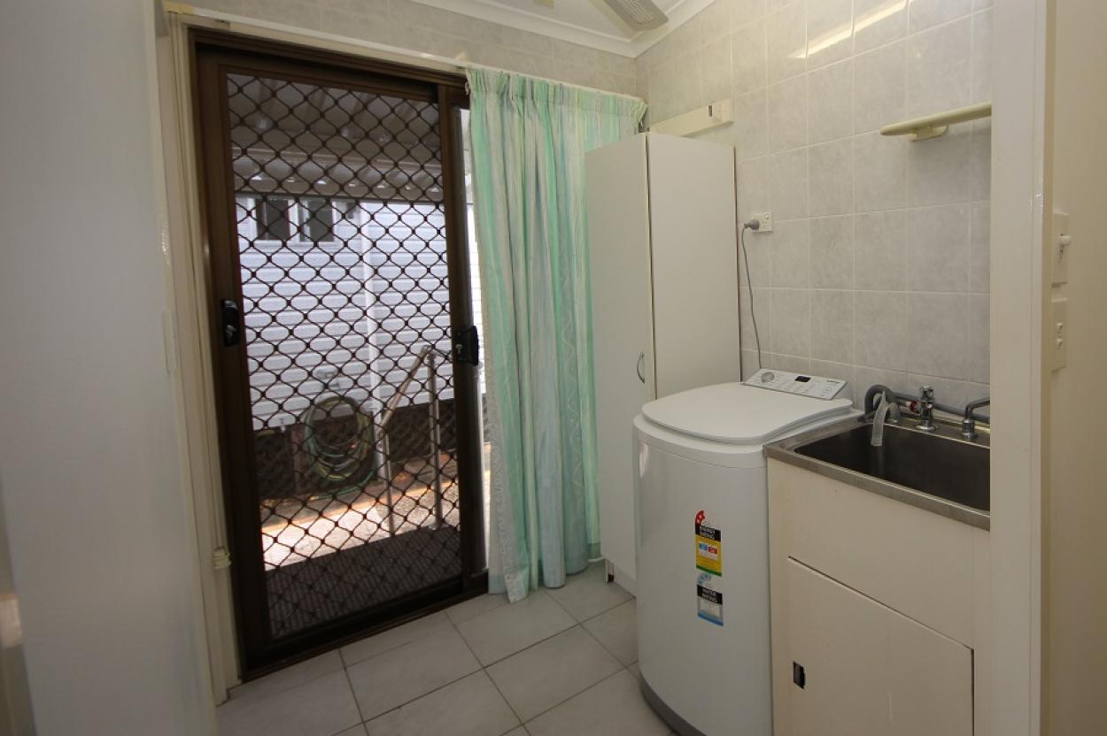 Quaint Two bedroom