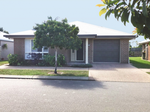 Three bedroom home with open modern living - Easy Living at Carlyle Gardens Townsville