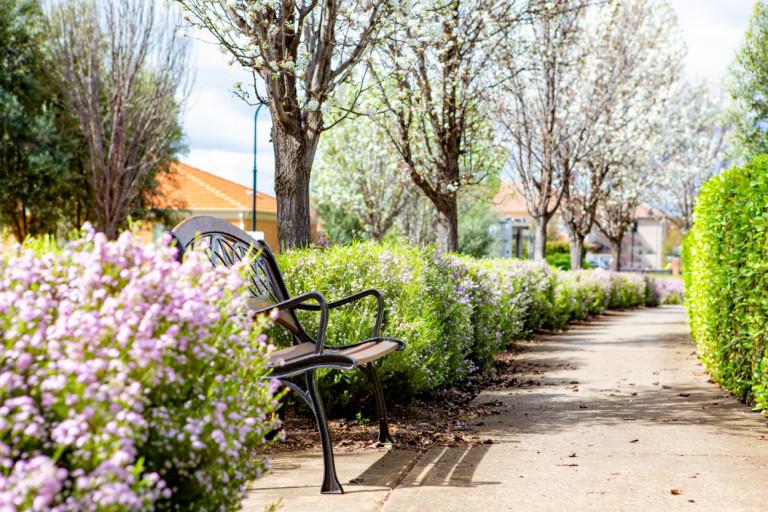 2Bed/1.5Bath Villa - park like village, great community - Burnside Retirement Village