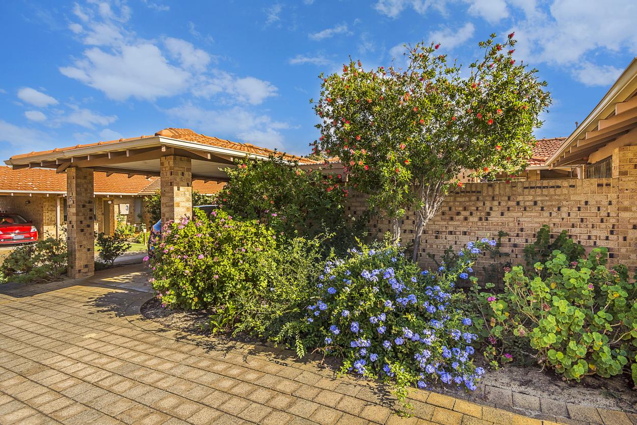 5 Como Estate - Perfect villa in a peaceful private location. Excellent value for money.