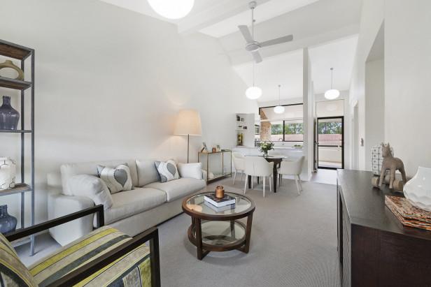 2 bedroom bedroom with direct garden access