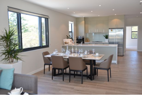 LUXURY 3 BEDDER WITH A FANTASTIC VIEW.